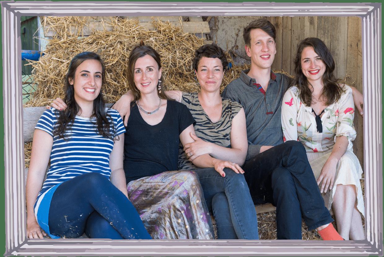 The heads behind zusammen leben e.V. from left to right: Leonora Lorena, Johanna Dangel, Stefanie Koch, Jan F. Kurth and Sophia Maier.