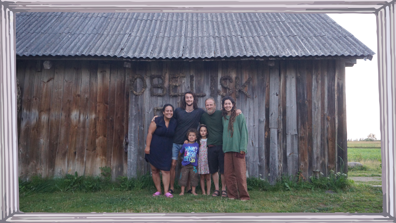Deborah, Julian, Andris, Sima and the kids.