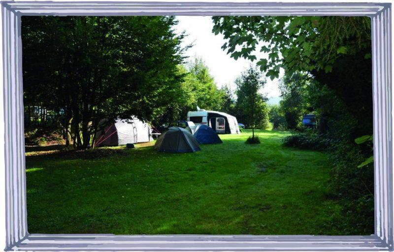 Eine von mehreren Campingwiesen. Auf Parzellen wurde ganz bewusst verzichtet.